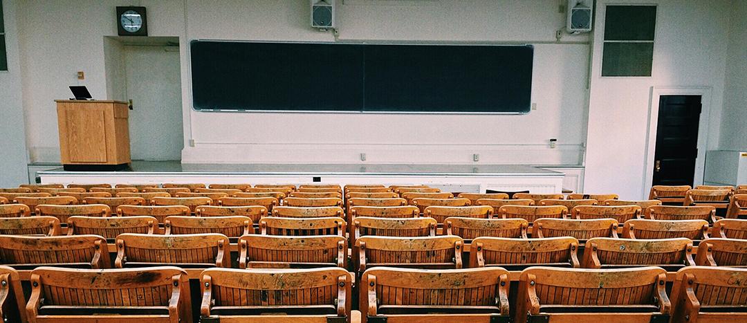 Co przemawianie na studiach ma wspólnego z przemawianiem w biznesie?