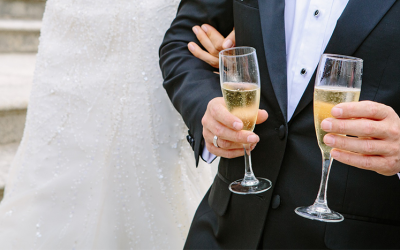 Jak napisać dobry toast na wesele?